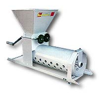 Hand-driven Greap Pounder and Separator