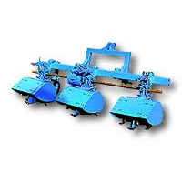 Traktorra Szerelhető Sorközművelő Adapter